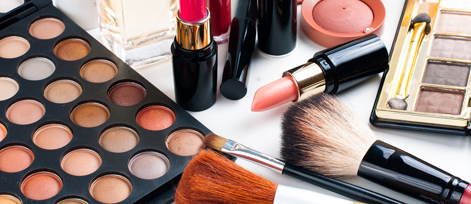 makeup academy and beautician courses